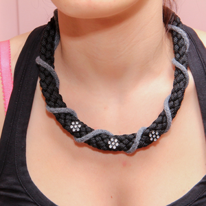 Necklace Knitted Gray-Black Flowers