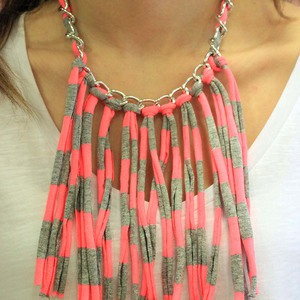 Necklace with Striped Fringes
