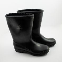 Black Galoshes Buffalo