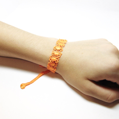 "Lace bracelet ""Daisy"" Orange"